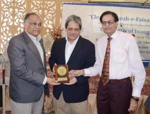 Dr. Ishrat-ul-Ebad Khan launch Cleanliness drive of Sharae Faisal