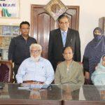 Author Asma Hasan showered with praise in Mayar-e-Zindagi's felicitation ceremony
